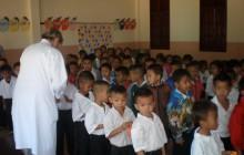 Medizinische Untersuchungen in Laos