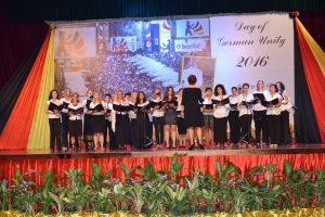 Der internationel Chor der deutschen Botschaft