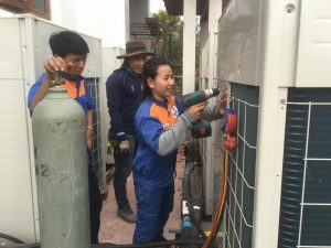 Ausbildung_Elektro_Firma_Vientiane
